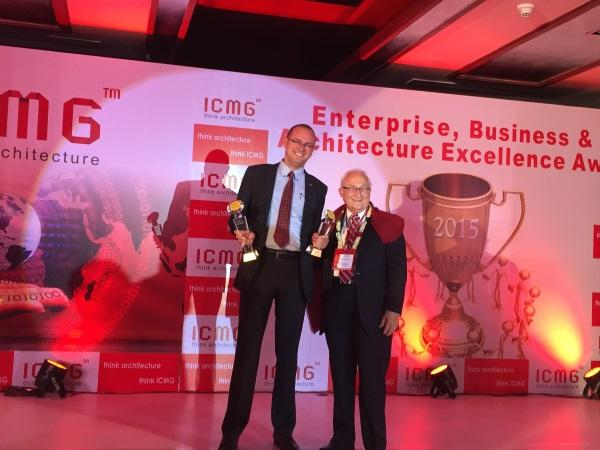 Jakub Duch, Vice President – International Sales, Allied Telesis (left) receiving the award from John Zachman, Father of the Enterprise Architecture