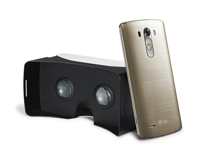 LG G3 and its VR headset