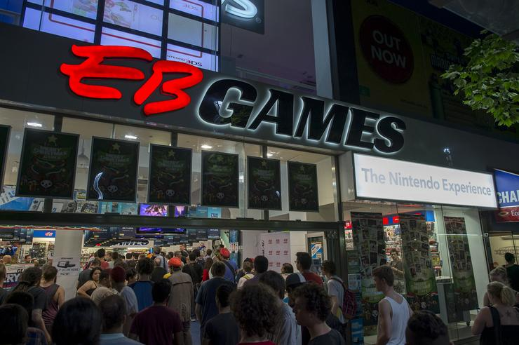 The following photos are from the Wii U midnight launch at EB Games' Swantson St store in Melbourne.