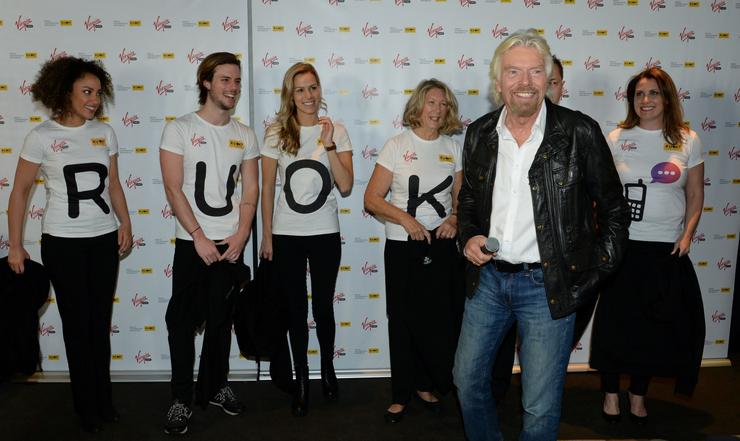 Richard Branson and the Virgin Mobile team