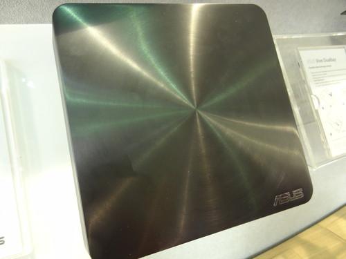 Asus VivoPC VM65N mini-desktop at Computex