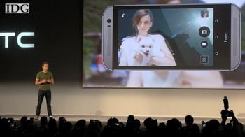 HTC debuts Desire Eye, a phone for selfies