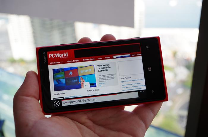Here's the Lumia 920's vibrant screen in landscape orientation.